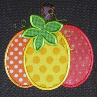 3_color_pumpkin_kitchen_towel_close_up