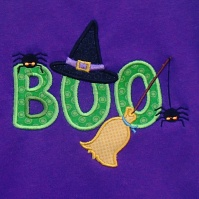 boo_witch_spider_shirt_purple_close_up