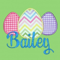 egg_trio_shirt_bailey_close_up