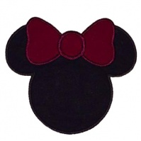 minnie_hat_with_bow_shirt_brenna_close_up