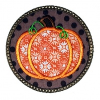 pumpkin_circle_appliqe_close_up
