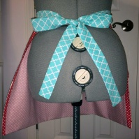 vintage_cherries_apron_back